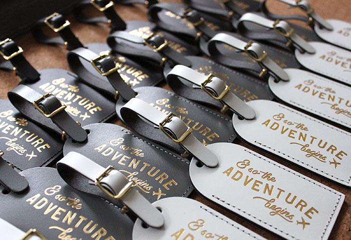 Wedding favor ideas luggae tags