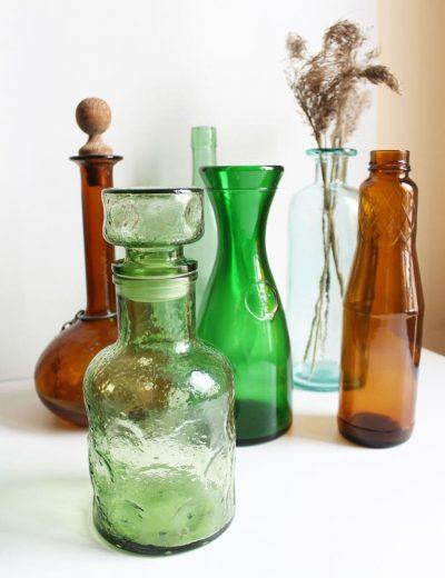Įvairios stiklinės vazos